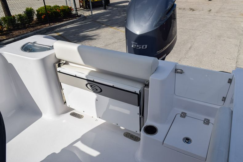 Thumbnail 8 for New 2020 Sportsman Open 232 Center Console boat for sale in Vero Beach, FL