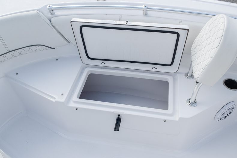 Thumbnail 29 for New 2020 Sportsman Open 232 Center Console boat for sale in Vero Beach, FL