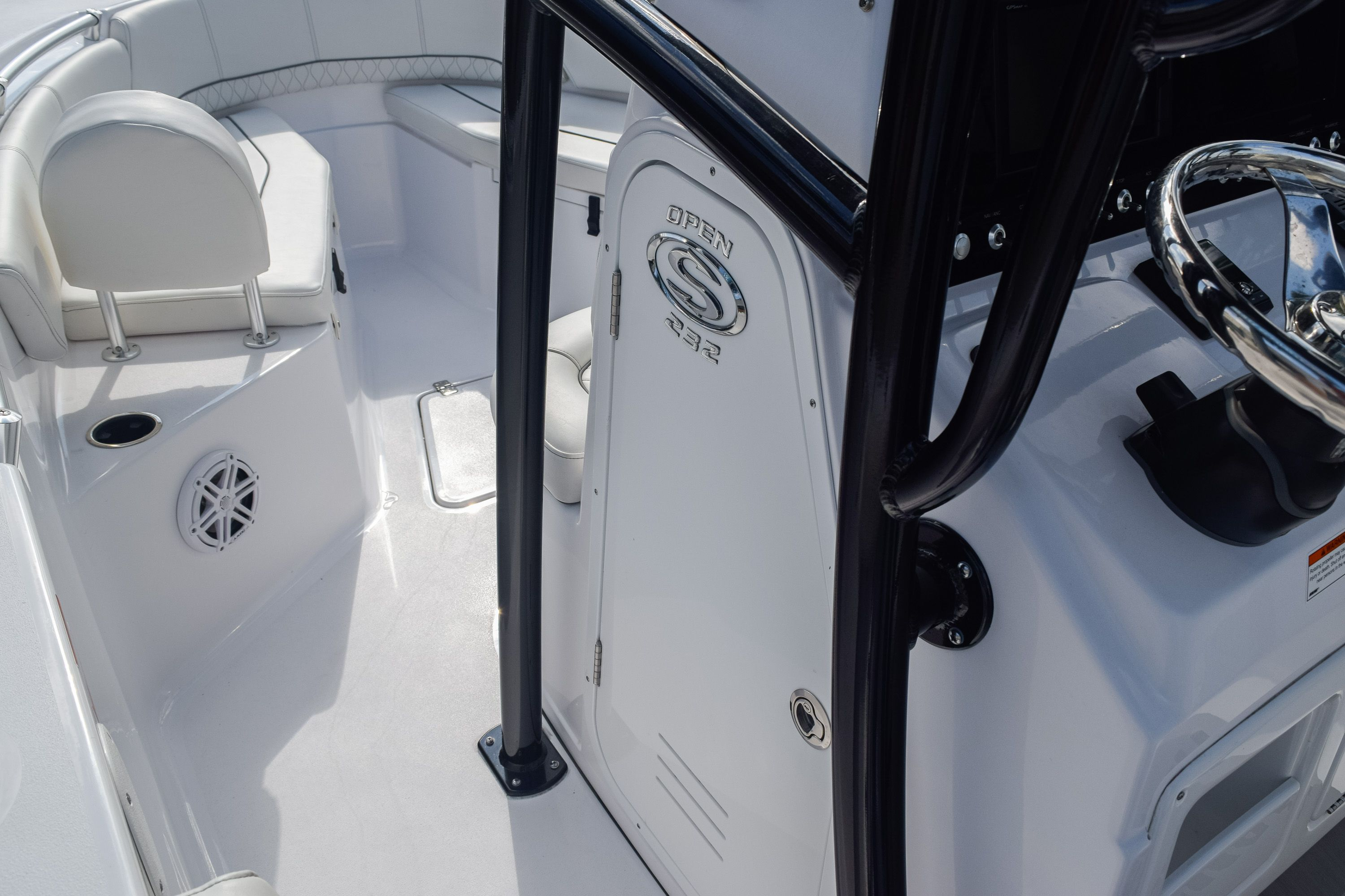 Thumbnail 24 for New 2020 Sportsman Open 232 Center Console boat for sale in Fort Lauderdale, FL