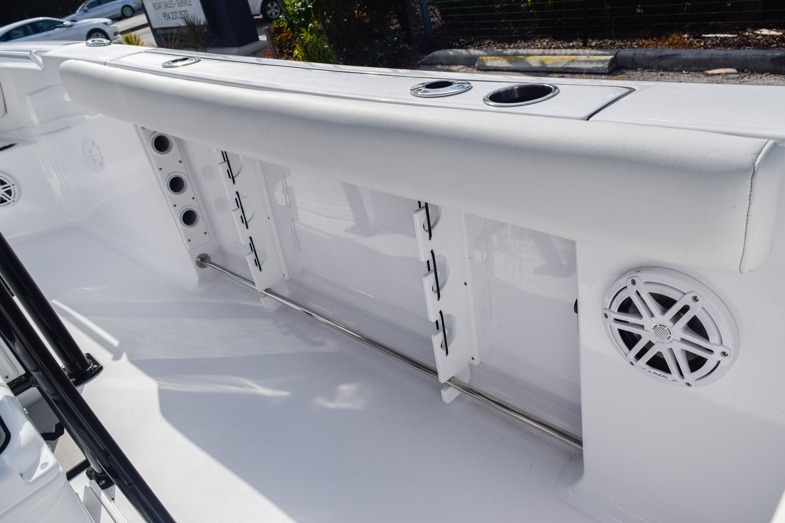 Thumbnail 14 for New 2020 Sportsman Open 232 Center Console boat for sale in Fort Lauderdale, FL