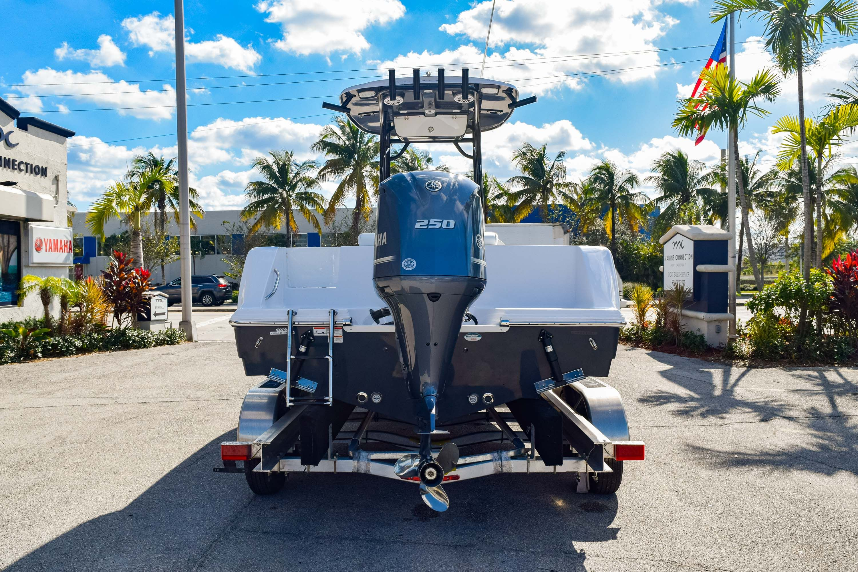 Thumbnail 6 for New 2020 Sportsman Open 232 Center Console boat for sale in Fort Lauderdale, FL