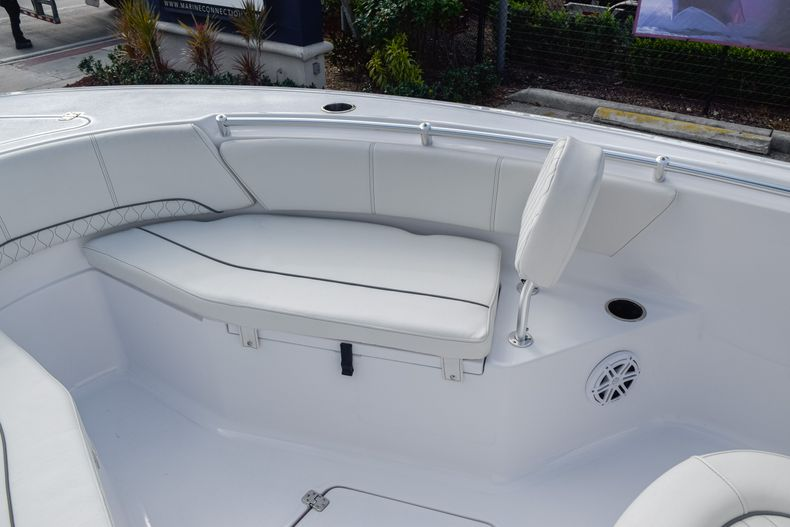 Thumbnail 28 for New 2020 Sportsman Open 232 Center Console boat for sale in Vero Beach, FL