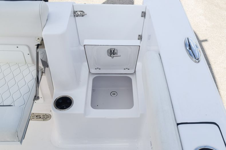 Thumbnail 11 for New 2020 Sportsman Open 232 Center Console boat for sale in Vero Beach, FL