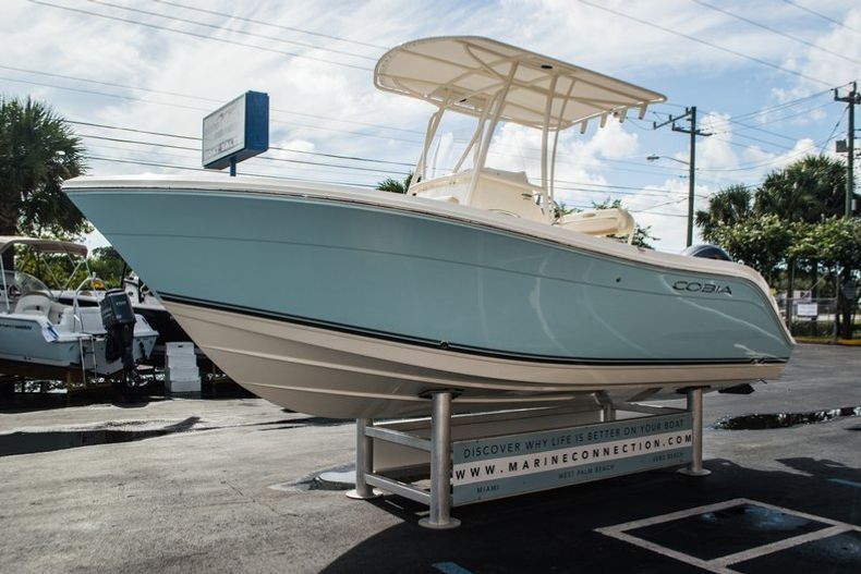 Thumbnail 3 for New 2016 Cobia 201 Center Console boat for sale in West Palm Beach, FL