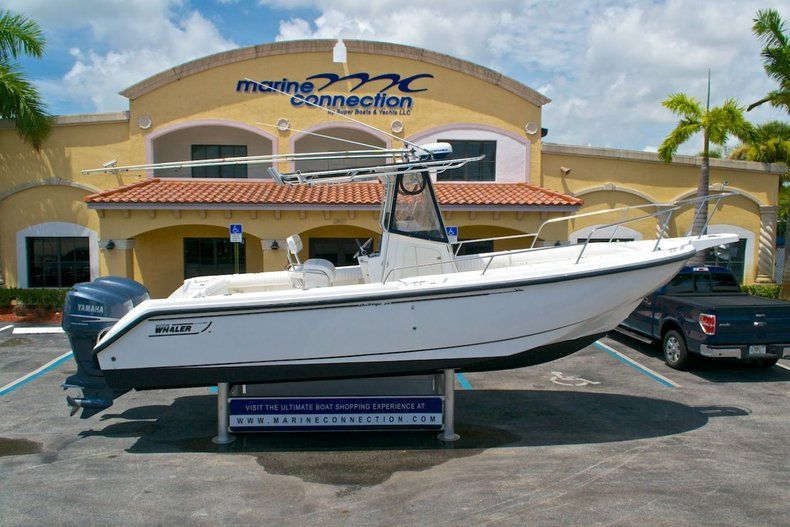 Photo for 2001 Boston Whaler Outrage 26 Center Console
