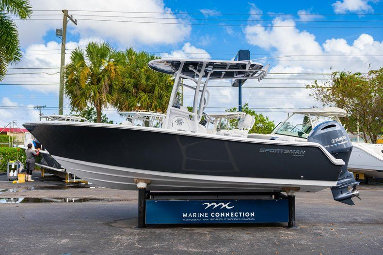 Thumbnail 4 for New 2020 Sportsman Open 212 Center Console boat for sale in West Palm Beach, FL
