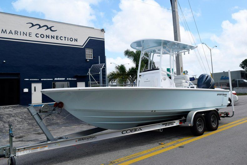 Thumbnail 3 for New 2020 Sportsman Masters 227 Bay Boat boat for sale in Miami, FL