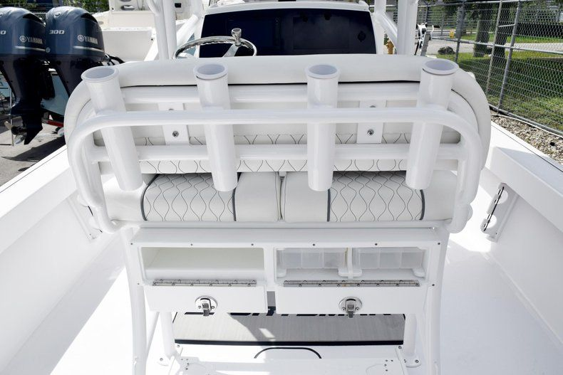 Thumbnail 23 for New 2020 Sportsman Masters 227 Bay Boat boat for sale in Miami, FL