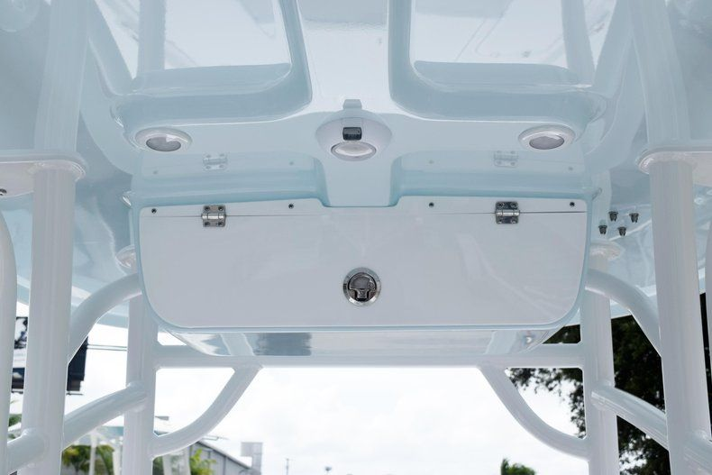 Thumbnail 20 for New 2020 Sportsman Masters 227 Bay Boat boat for sale in Miami, FL