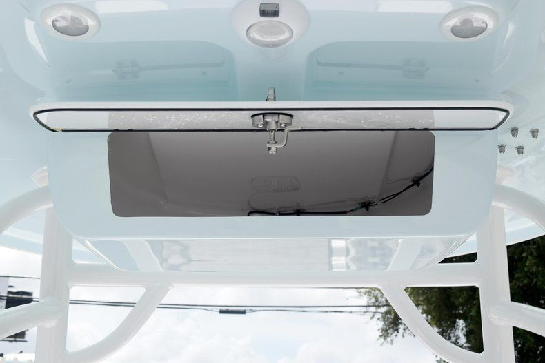 Thumbnail 21 for New 2020 Sportsman Masters 227 Bay Boat boat for sale in Miami, FL