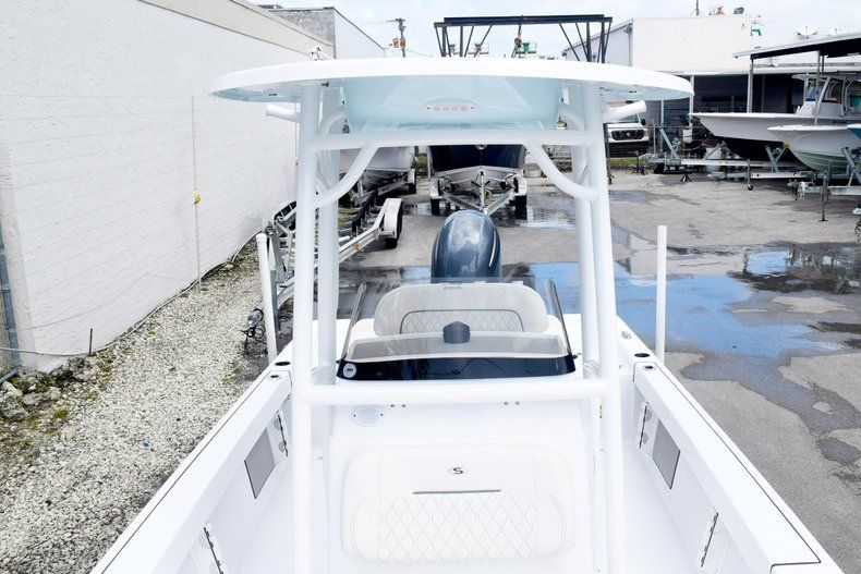 Thumbnail 57 for New 2020 Sportsman Masters 227 Bay Boat boat for sale in Miami, FL