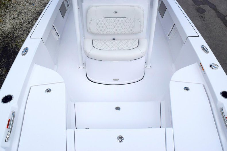 Thumbnail 60 for New 2020 Sportsman Masters 227 Bay Boat boat for sale in Miami, FL