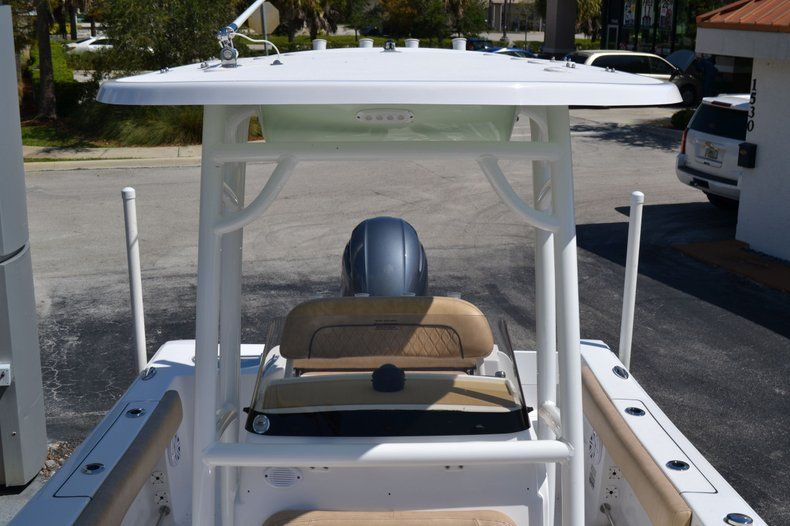 Thumbnail 16 for New 2020 Sportsman Open 212 Center Console boat for sale in Vero Beach, FL
