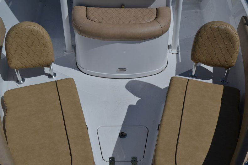 Thumbnail 15 for New 2020 Sportsman Open 212 Center Console boat for sale in Vero Beach, FL