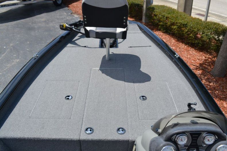 Thumbnail 11 for Used 2016 Tracker Pro 190 TX boat for sale in Vero Beach, FL