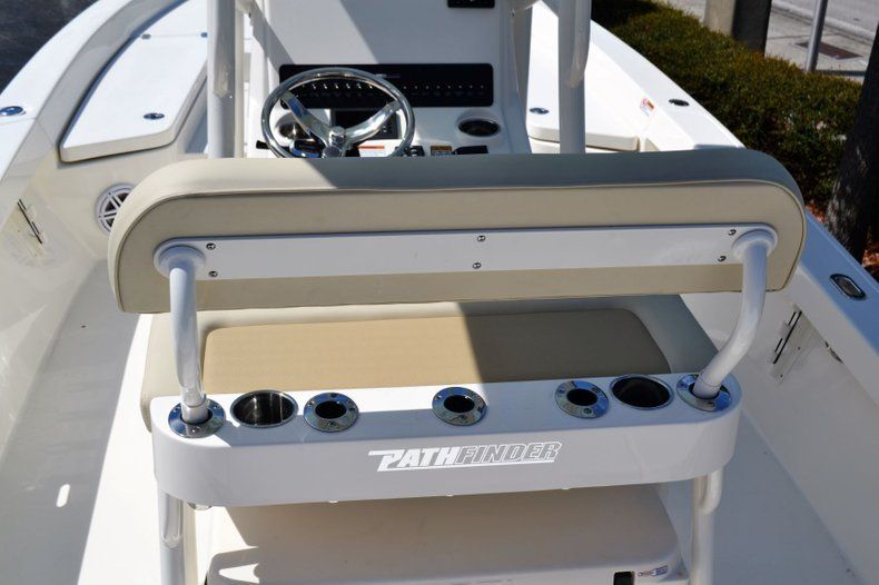 Thumbnail 8 for New 2020 Pathfinder 2400 TRS Bay Boat boat for sale in Vero Beach, FL