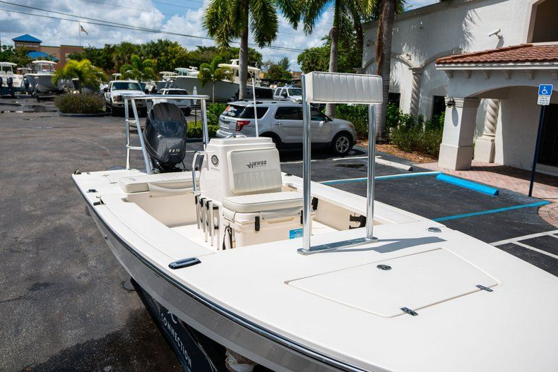 Thumbnail 20 for Used 2018 Hewes 18 boat for sale in West Palm Beach, FL