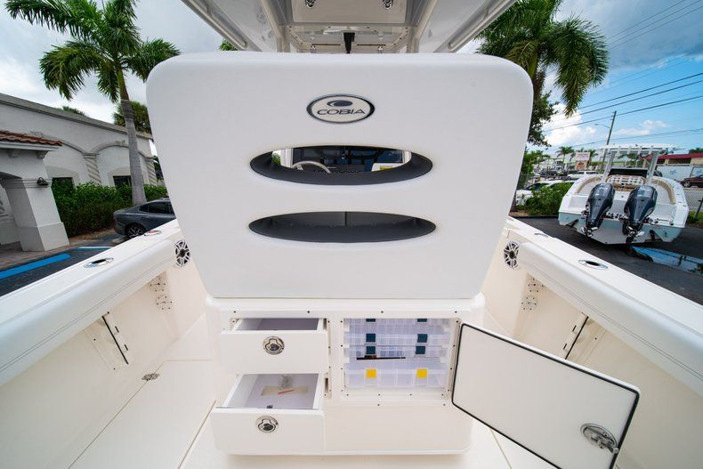 Thumbnail 18 for New 2020 Cobia 240 CC Center Console boat for sale in Fort Lauderdale, FL