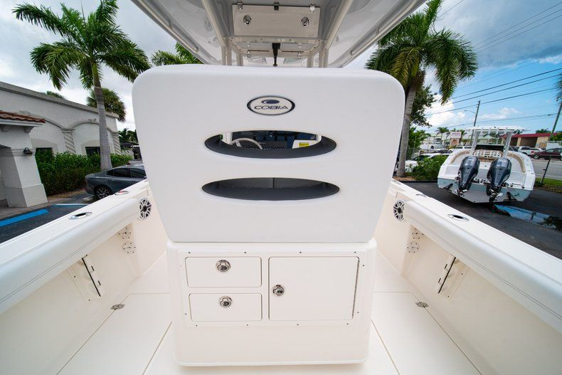 Thumbnail 17 for New 2020 Cobia 240 CC Center Console boat for sale in Fort Lauderdale, FL