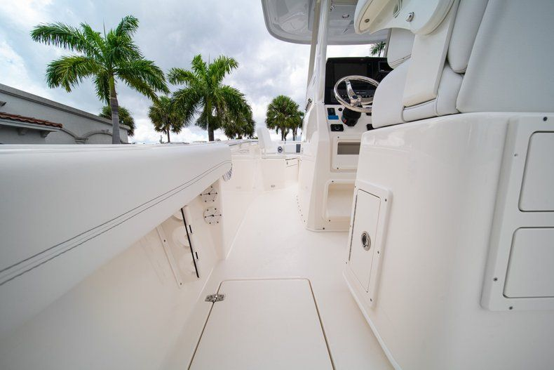 Thumbnail 20 for New 2020 Cobia 240 CC Center Console boat for sale in Fort Lauderdale, FL