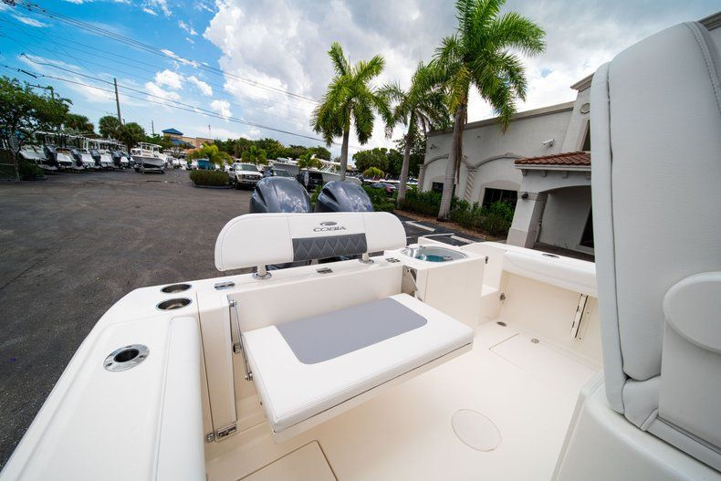 Thumbnail 16 for New 2020 Cobia 240 CC Center Console boat for sale in Fort Lauderdale, FL