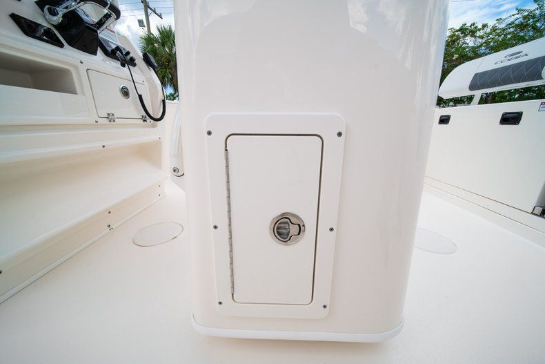 Thumbnail 23 for New 2020 Cobia 240 CC Center Console boat for sale in Fort Lauderdale, FL