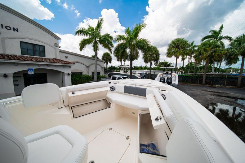 Thumbnail 36 for New 2020 Cobia 240 CC Center Console boat for sale in Fort Lauderdale, FL