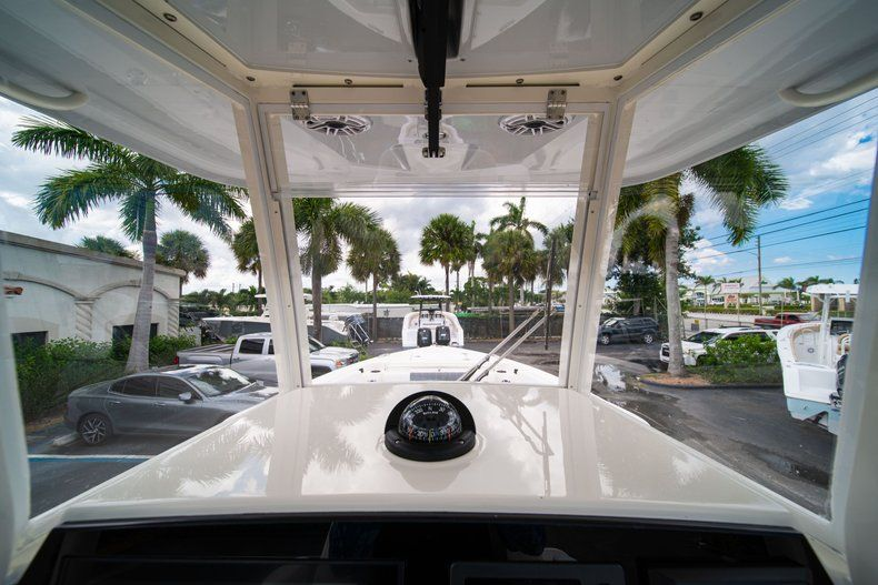 Thumbnail 34 for New 2020 Cobia 240 CC Center Console boat for sale in Fort Lauderdale, FL