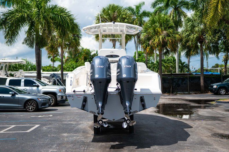 Thumbnail 6 for New 2020 Cobia 240 CC Center Console boat for sale in Fort Lauderdale, FL