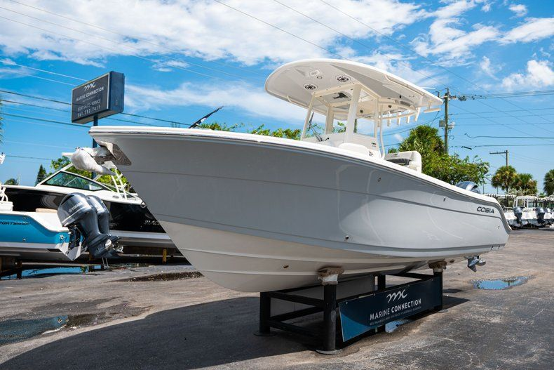 Thumbnail 3 for New 2020 Cobia 240 CC Center Console boat for sale in Fort Lauderdale, FL