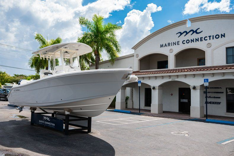 Thumbnail 1 for New 2020 Cobia 240 CC Center Console boat for sale in Fort Lauderdale, FL