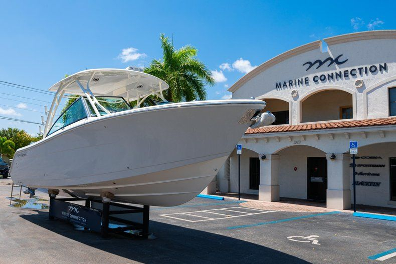 Thumbnail 1 for New 2020 Cobia 280 DC Dual Console boat for sale in Vero Beach, FL
