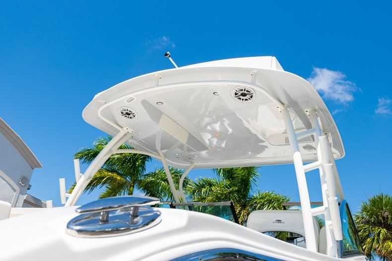Thumbnail 8 for New 2020 Cobia 280 DC Dual Console boat for sale in Vero Beach, FL