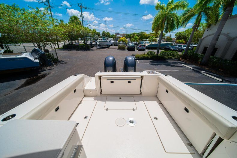Thumbnail 9 for New 2020 Cobia 280 DC Dual Console boat for sale in Vero Beach, FL