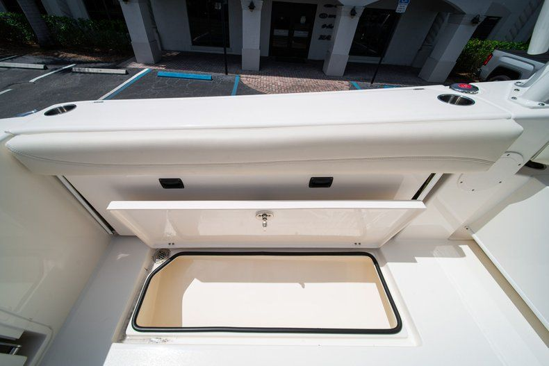 Thumbnail 15 for New 2020 Cobia 280 DC Dual Console boat for sale in Vero Beach, FL