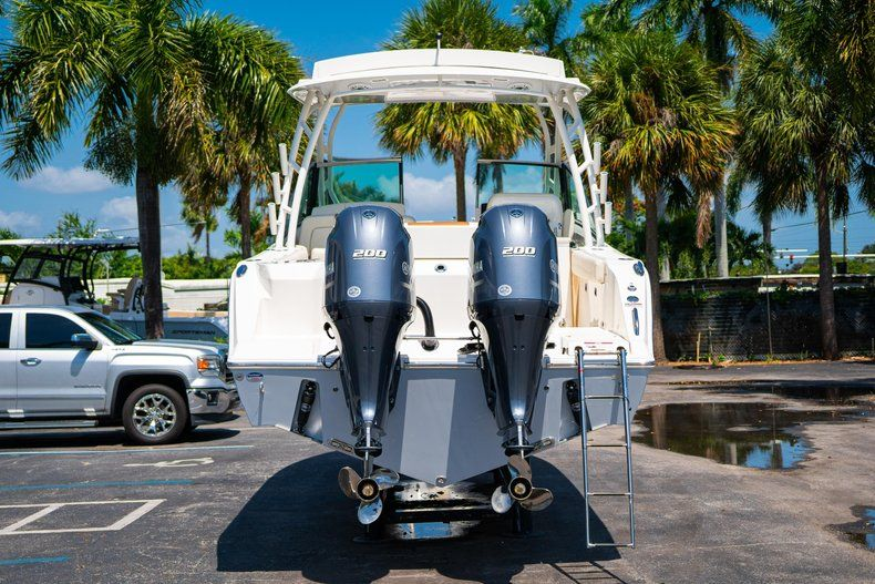 Thumbnail 6 for New 2020 Cobia 280 DC Dual Console boat for sale in Vero Beach, FL