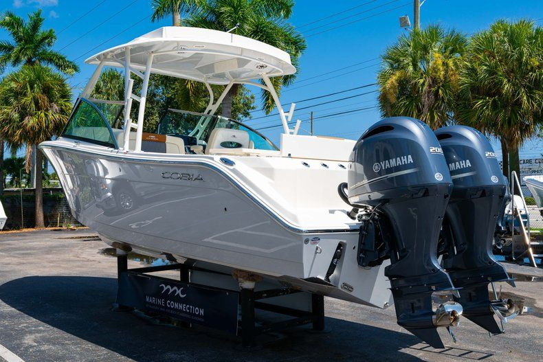 Thumbnail 5 for New 2020 Cobia 280 DC Dual Console boat for sale in Vero Beach, FL