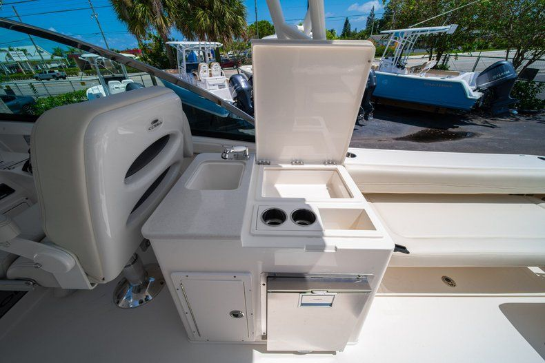 Thumbnail 23 for New 2020 Cobia 280 DC Dual Console boat for sale in Vero Beach, FL