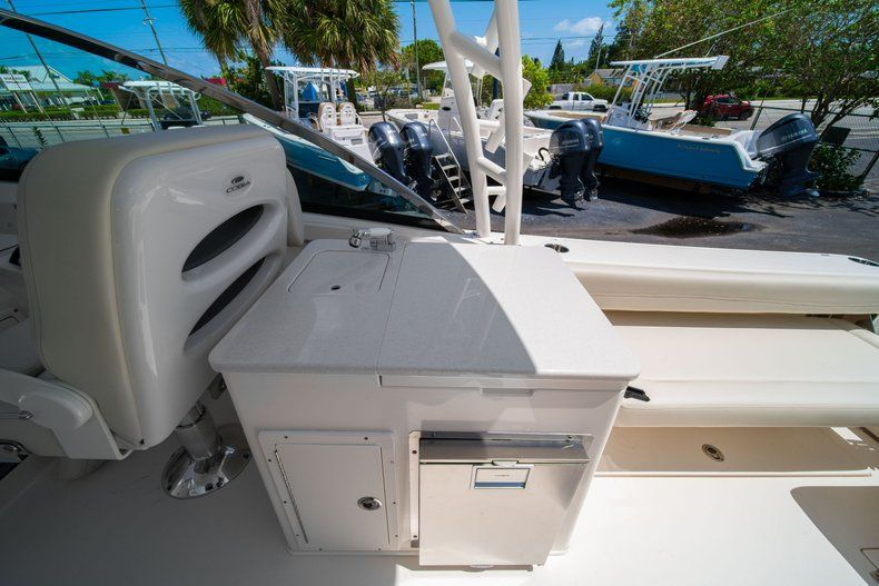 Thumbnail 22 for New 2020 Cobia 280 DC Dual Console boat for sale in Vero Beach, FL