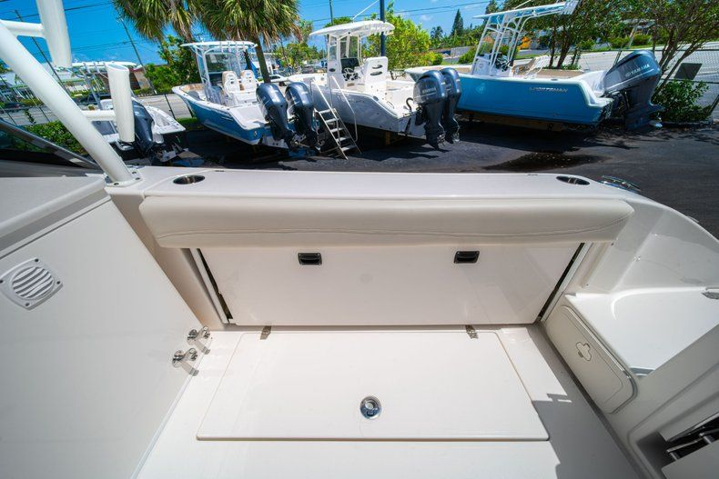 Thumbnail 12 for New 2020 Cobia 280 DC Dual Console boat for sale in Vero Beach, FL