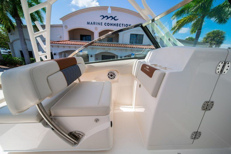 Thumbnail 32 for New 2020 Cobia 280 DC Dual Console boat for sale in Vero Beach, FL