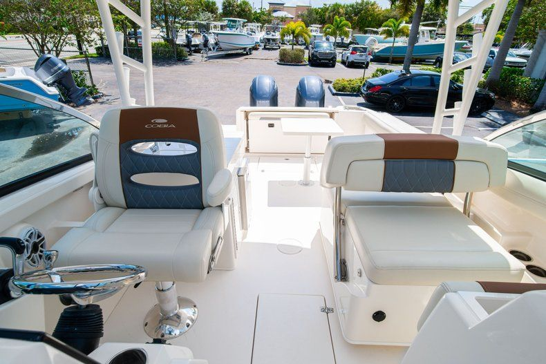Thumbnail 36 for New 2020 Cobia 280 DC Dual Console boat for sale in Vero Beach, FL