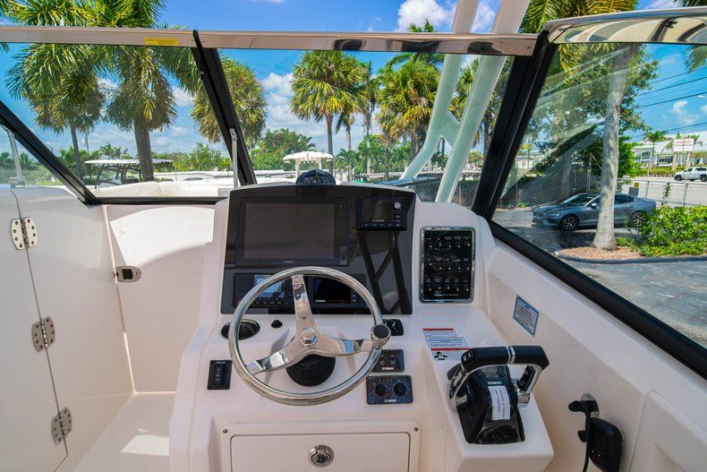 Thumbnail 26 for New 2020 Cobia 280 DC Dual Console boat for sale in Vero Beach, FL