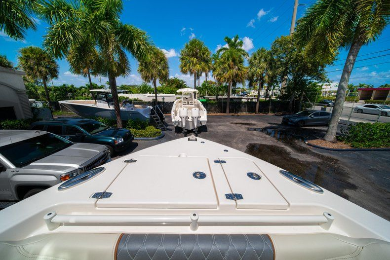 Thumbnail 44 for New 2020 Cobia 280 DC Dual Console boat for sale in Vero Beach, FL