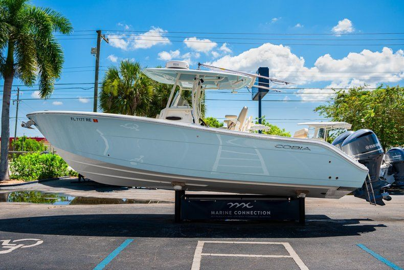 Thumbnail 4 for Used 2017 Cobia 277 Center Console boat for sale in West Palm Beach, FL