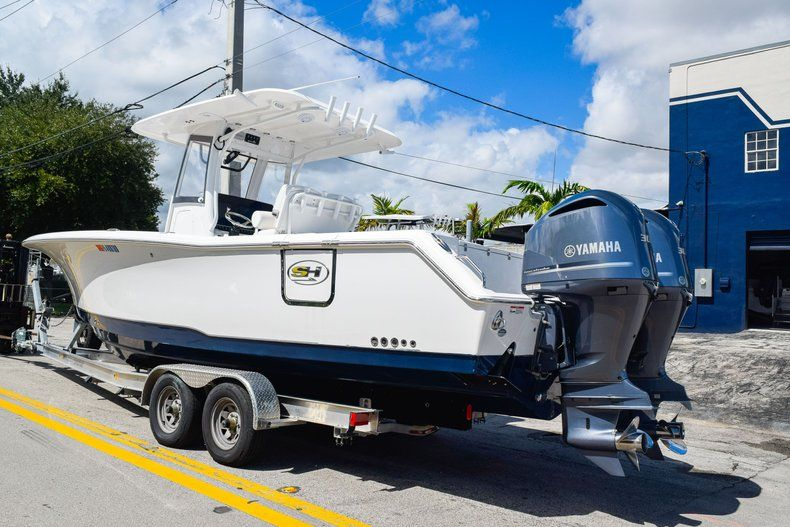 Thumbnail 4 for Used 2018 Sea Hunt 30 GAMEFISH boat for sale in Miami, FL