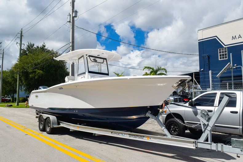 Thumbnail 1 for Used 2018 Sea Hunt 30 GAMEFISH boat for sale in Miami, FL