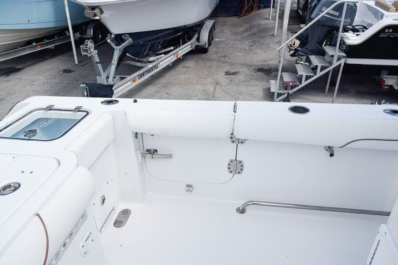 Thumbnail 17 for Used 2018 Sea Hunt 30 GAMEFISH boat for sale in Miami, FL