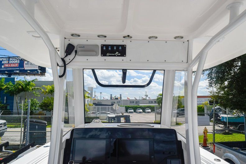 Thumbnail 42 for Used 2018 Sea Hunt 30 GAMEFISH boat for sale in Miami, FL