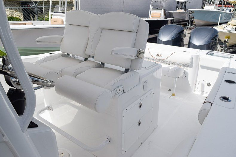 Thumbnail 37 for Used 2018 Sea Hunt 30 GAMEFISH boat for sale in Miami, FL